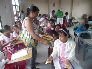 Erfrischung-Muisne-Praktikum-Freiwillige-Freiwilligendienst-HilfevorOrt-Ecuador-Strand