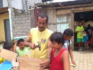 Ferienprogramm2014-Muisne-Praktikum-Freiwillige-Freiwilligendienst-HilfevorOrt-Ecuador-Strand