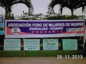 Foro-de-mujeres-Muisne-Praktikum-Freiwillige-Freiwilligendienst-HilfevorOrt-Ecuador-Strand