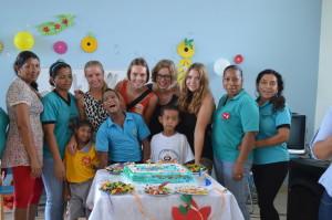 Geburtstagsfeier-Institut-Muisne-Freiwilligenprogramm-Volunteer-Praktikum-Ecuador