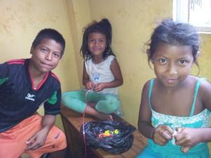 Kinder-Waisenhaus-Ferienaktion-Institut-Muisne-Freiwilligenprogramm-Volunteer-Praktikum-Ecuador