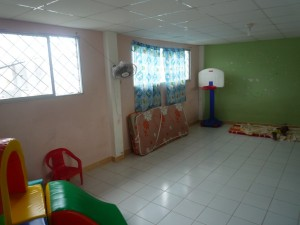 Kindergarten-innen-2015-Institut-Muisne-Freiwilligenprogramm-Volunteer-Praktikum-Ecuador