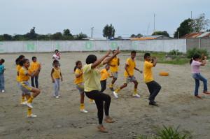TanzstundeInstitutMuisneFreiwilligenprogrammVolunteerPraktikumEcuador