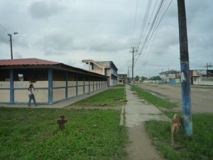 Vicente-Rocafuerte-Schule-Institut-Muisne-Freiwilligenprogramm-Volunteer-Praktikum-Ecuador