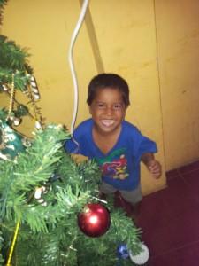 Weihnachten-Waisenhaus-Muisne-Praktikum-Freiwillige-Freiwilligendienst-HilfevorOrt-Ecuador-Strand