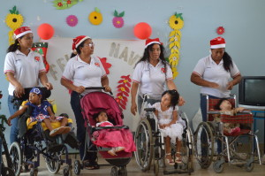 WeihnachtenImInstitut-Institut-Muisne-Freiwilligenprogramm-Volunteer-Praktikum-Ecuador