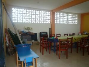grosser-raum-Institut-Muisne-Freiwilligenprogramm-Volunteer-Praktikum-Ecuador