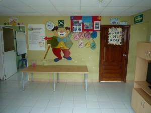 neuer-Eingang-Kindergarten-Institut-Muisne-Freiwilligenprogramm-Volunteer-Praktikum-Ecuador